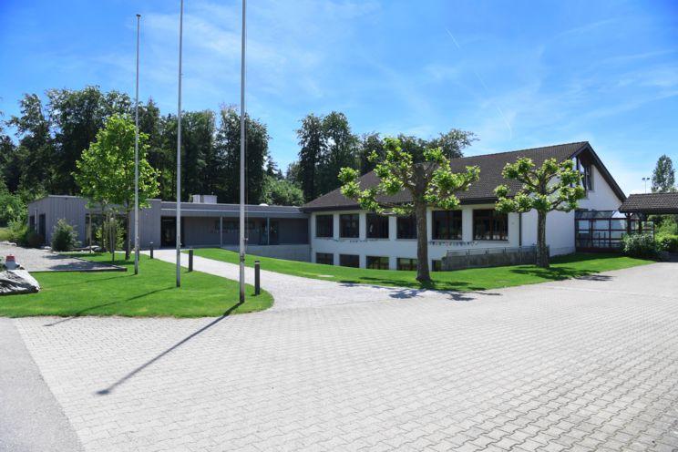 Schulhaus Brunegg